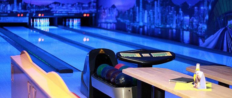 teaser-g8-bowling